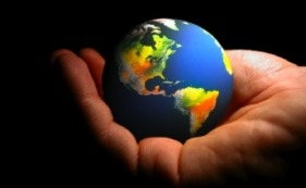 globe-in-hands-500
